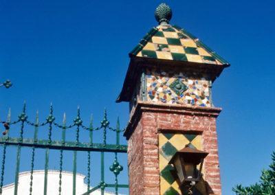 Entrance to the masía
